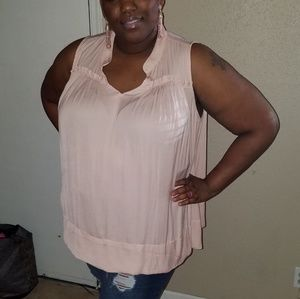 Tops - Sleeveless Pink top